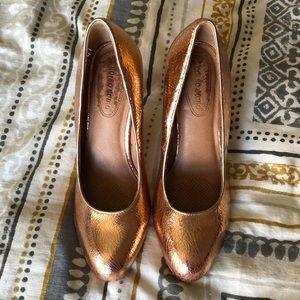 Rose gold crackle leather heels - Corso Como